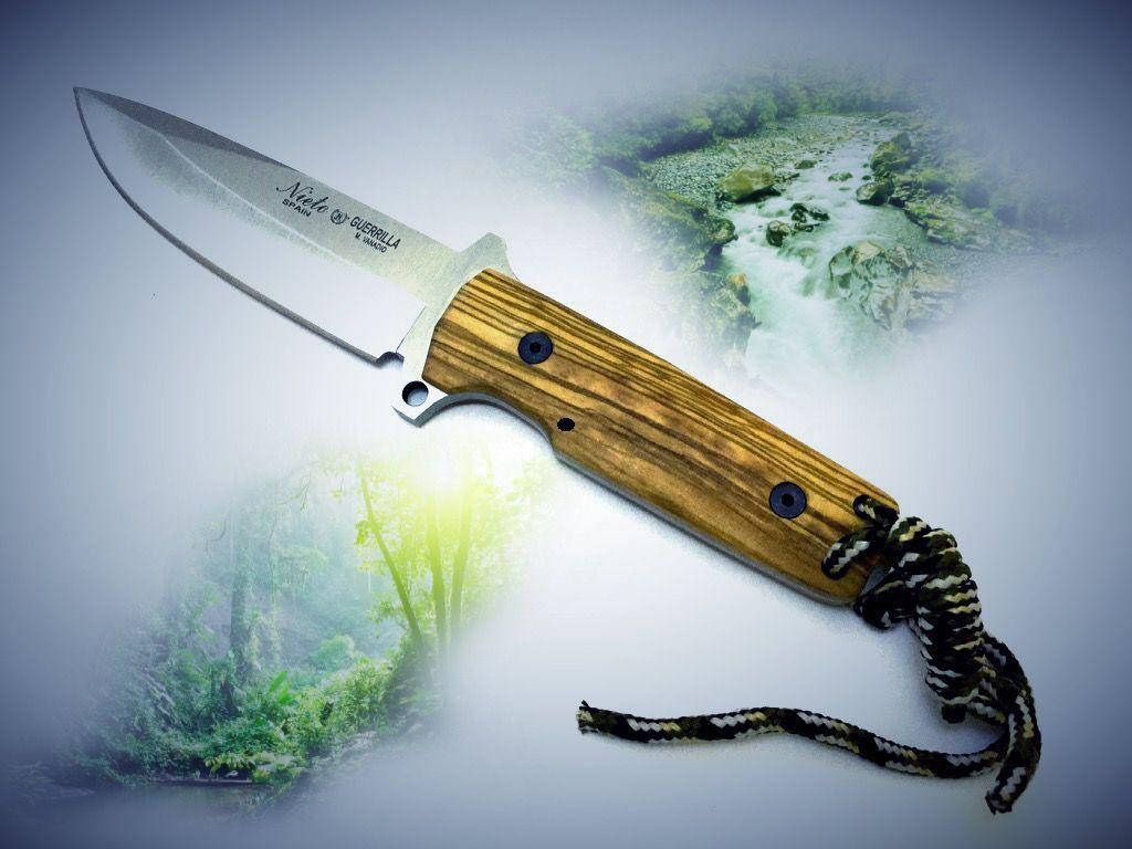 Cuchillo Miguel Nieto Modelo Guerrilla con mango de madera de Olivo